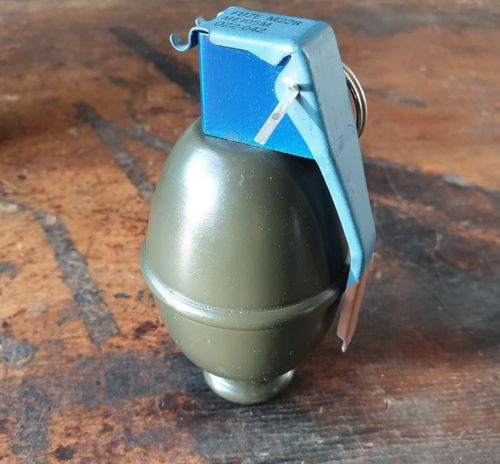 "US M61 ""Lemon"" grenade decoration, wood"