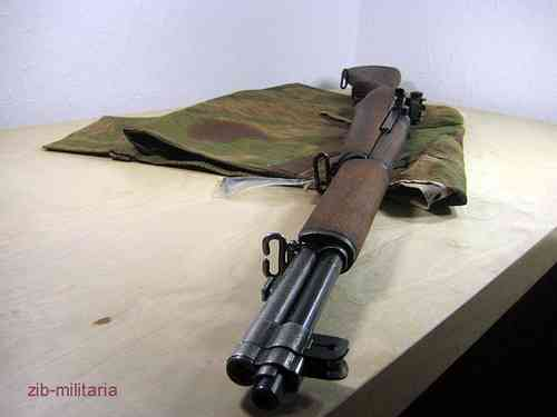 M1 Garand, deactivated rifle (WWII)