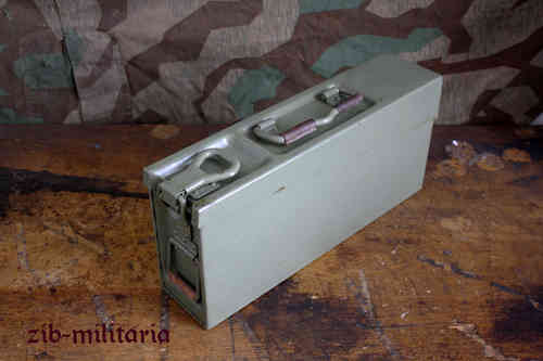 WH 8x57 MG34/MG42 ammo can, Yugo WH identical