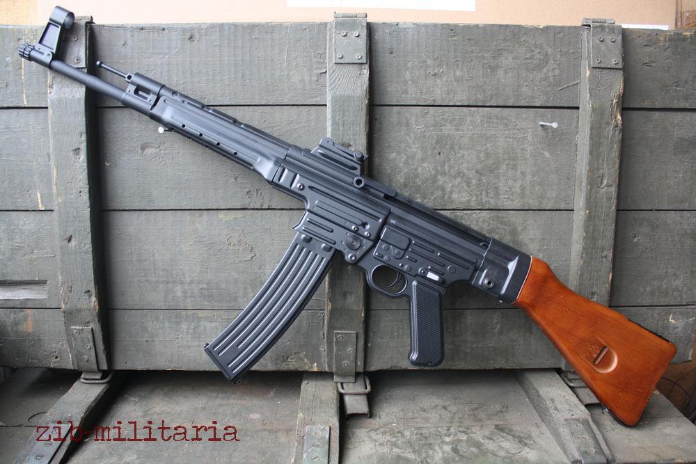Sturmgewehr 44, Metall/Echtholz, AGM AEG, 0,5 Joule