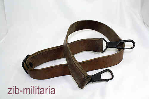 ZB30 leather sling as MG34 / MG42 + carrying sling for ammo crate