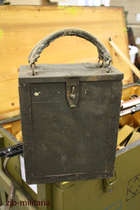 Italian loading frame crate for Breda MG