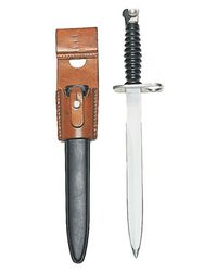 Swiss Stgw.57 bayonet with leather frog