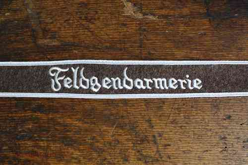 "WH armband ""Feldgendarmerie"", brown, embroidered"