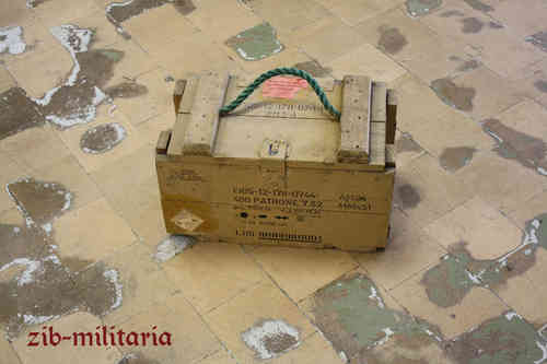 German Army ammo crate, 7.62mm 46 x 26 x25cm, carrying strap may be missing