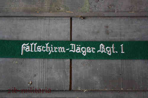 "WH LW armband ""Fallschirm-Jäger Rgt.1"", green, embroidered"