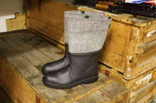 WH-like Felt boot, new