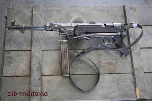 "MP40 ""bnz42"", deactivated MP (WWII) (Diff.)"