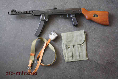 PPS43 with wooden stock, deactivated MP