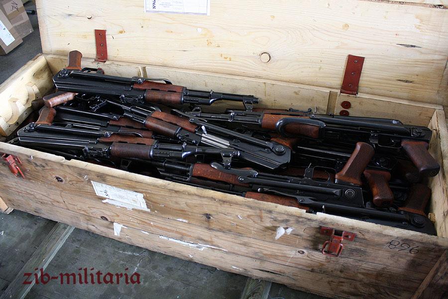 AK47 (AKS) folding stock, very good/mint, Poland
