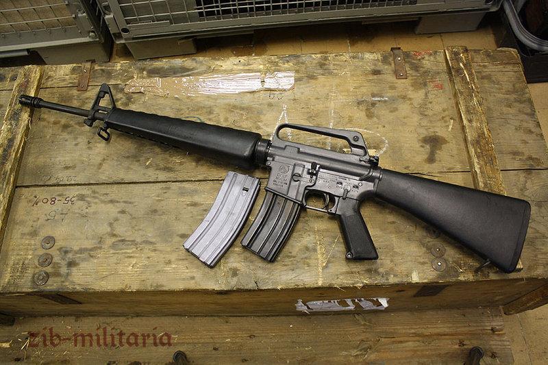 M16 A1 US Colt made, deactivated assault rifle, Factory-MINT M4