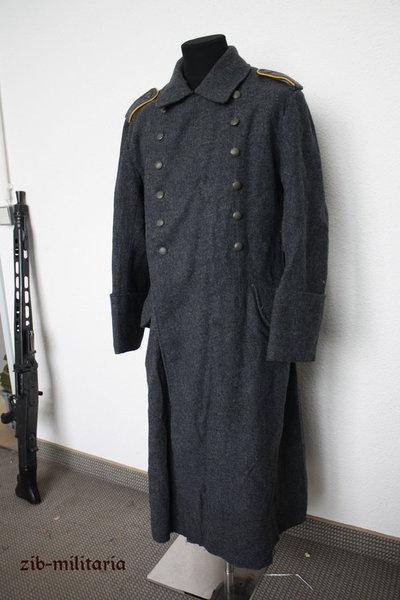 Trouvaille manteau luftwaffe & insigne 0533