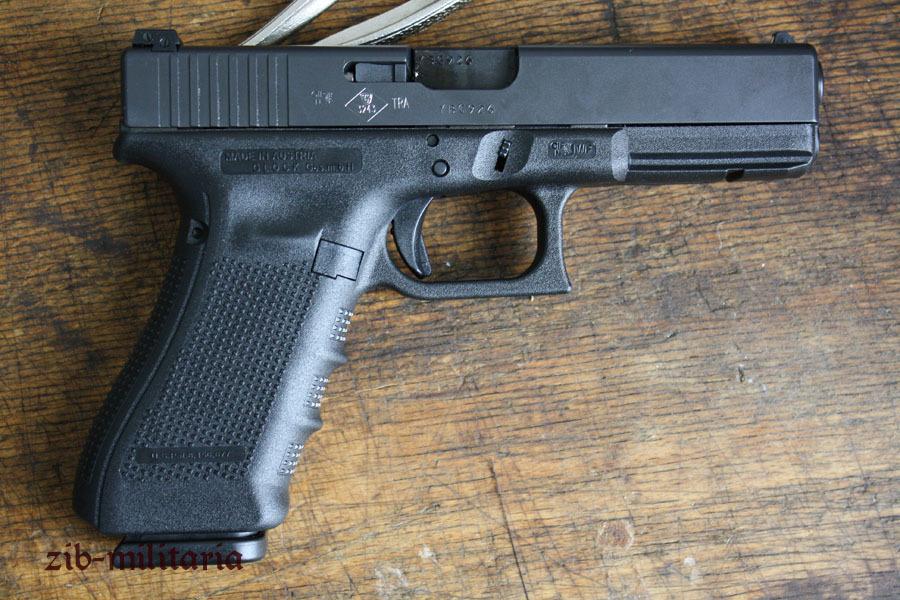 Glock 17 deko pistole for Deko deutschland