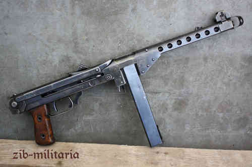 Suomi MP KP/44 with stick mag, deactivated MP (WWII)