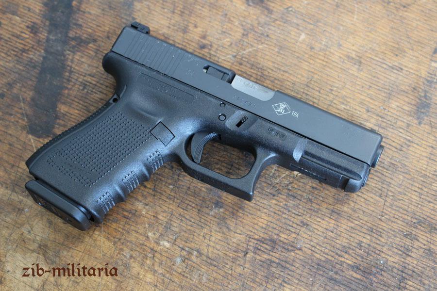 glock 19 deactivated pistol