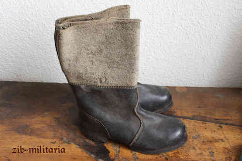 WH felt boot, leather sole