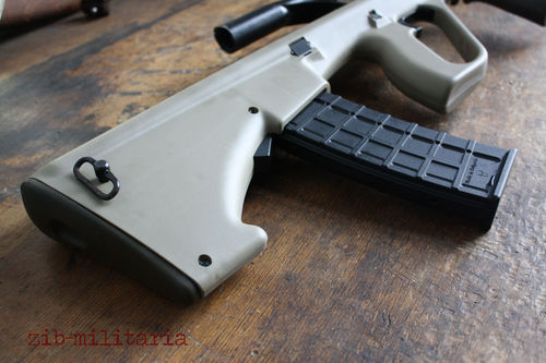 Steyr AUG stock, NATO Spec./Stanag .223, sand colour