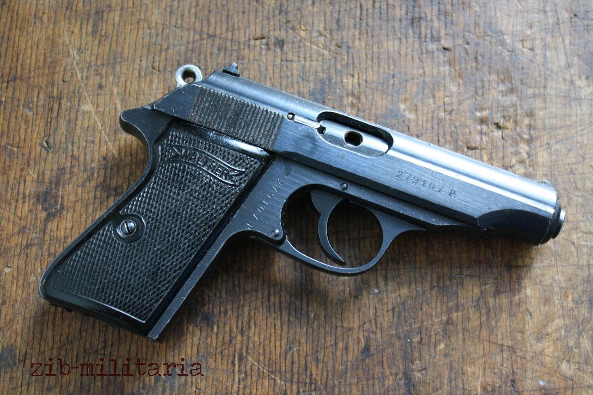 walther pp wwii org br niert deko pistole ppk original. Black Bedroom Furniture Sets. Home Design Ideas