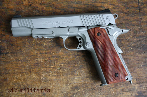 Colt 1911 Rail Gun, Cybergun, 6mm BB, CO2, Silver