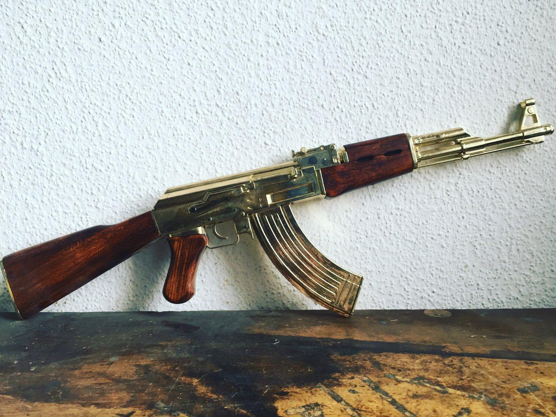 golden ak47 fixed stock assault rifle model ak 47. Black Bedroom Furniture Sets. Home Design Ideas