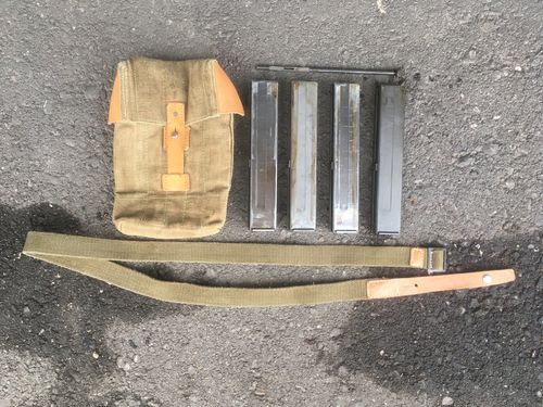 VZ26 4x mag + pouch + carrying sling