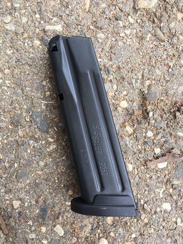 Sig Sauer P250 17 rds magazin blocked on 10 rds